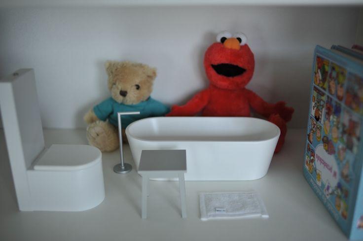 Elmo loves boomini :)