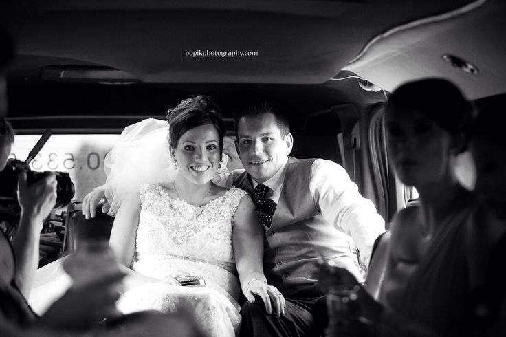 Traditional Wedding Limo Picture #love #wedding #grandeprairie #gottagetthispic