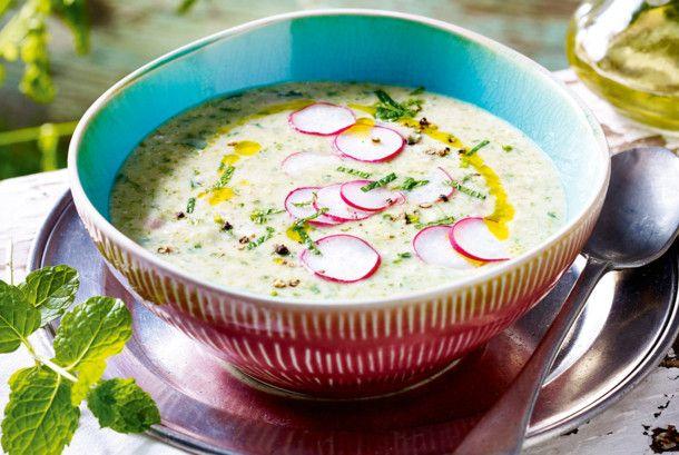 Unser beliebtes Rezept für Radieschen-Minz-Suppe und mehr als 55.000 weitere kostenlose Rezepte auf LECKER.de.