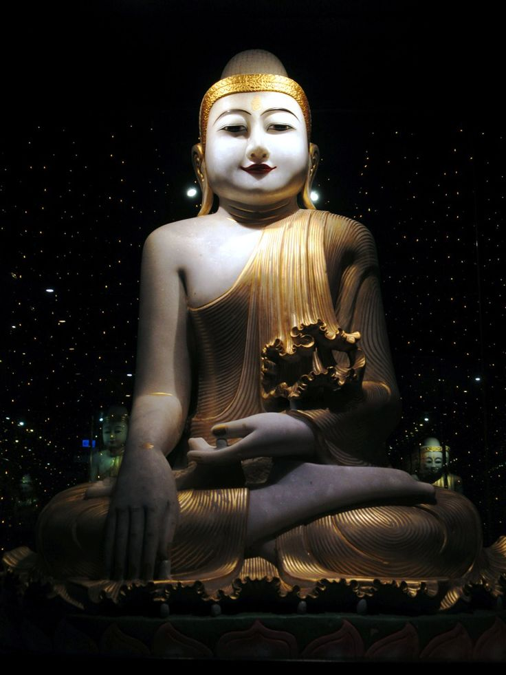 A striking Burmese Buddha statue is in the Art Gallery at Fo Guang Shan Monastery near Kaohsiung, Taiwan.
