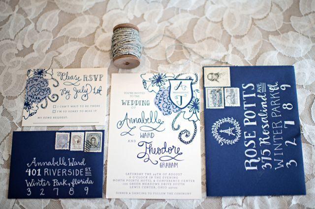 Juego de Invitaciones vintage de bodas en azul marino - Kristen Weaver Photography