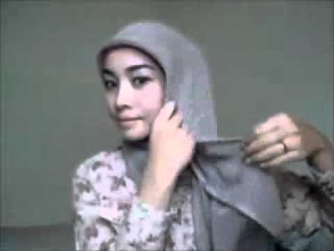 tutorial hijab segi empat, simple dan gak kebanyakan peniti. paling suka yang terakhir paling simple