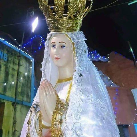 NOSSA MÃE RAINHA