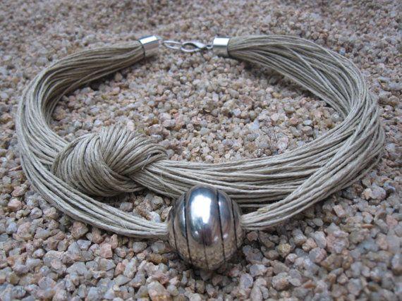 Collar lino natural nudo XL perla metalica plateada por espurna88