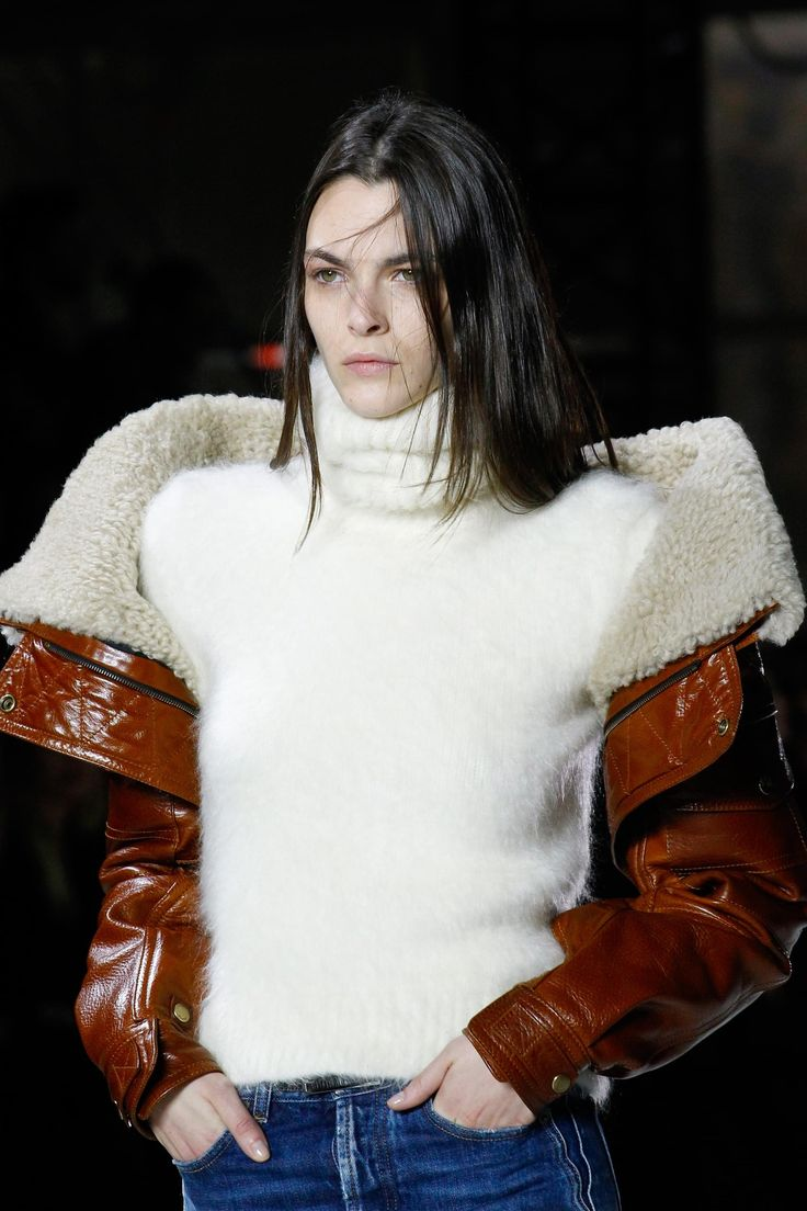 Défilé Saint Laurent prêt-à-porter femme automne-hiver 2017-2018 19