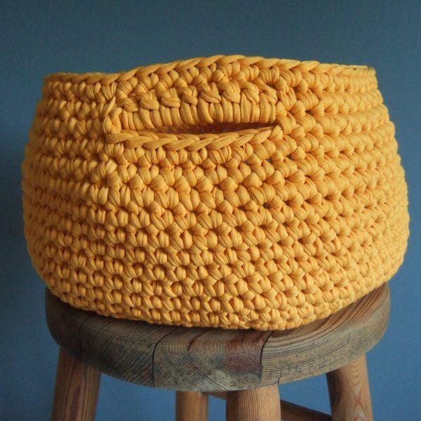 Crochet : Tuto panière XL : http://coutureiodee.canalblog.com/archives/2013/08/19/27853952.html