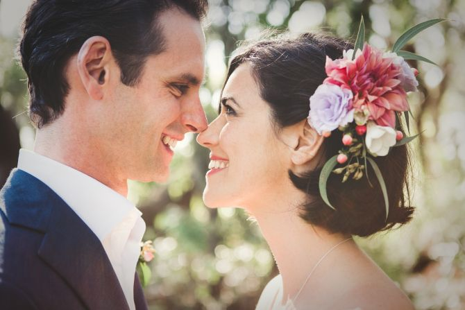 Beautiful bridal hairpiece - garden wedding