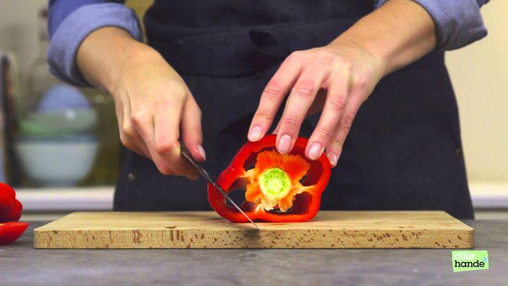 Een vlijmscherp trucje: zo snijd je heel gemakkelijk een paprika. - How to... - Allerhande