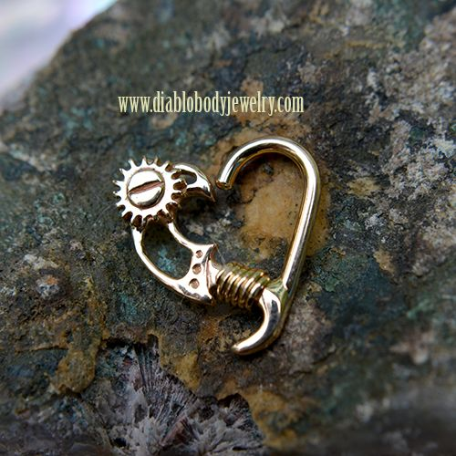 LeRoi King of Hearts Collection for Daith Piercings, we have them for both the left and right ear. Yellow Gold