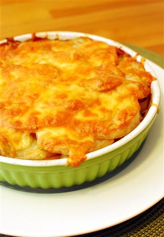 Leek and Potato Bake | Slimming Eats - Slimming World Recipes