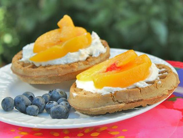Peaches and Cream Waffle Sandwiches - A great healthy treat when using whole grain organic waffles.