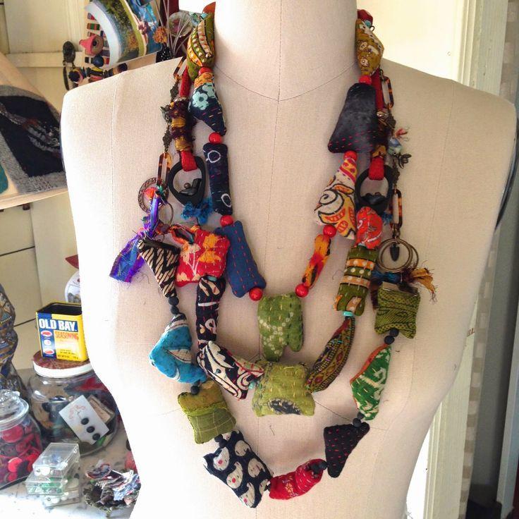 Resultado de imagen de contemporary fabric and textile jewellery