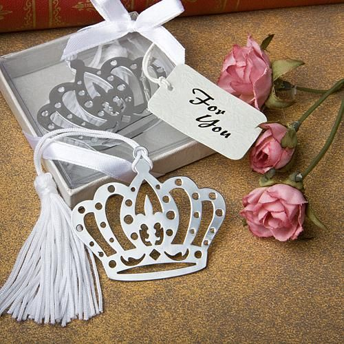 crown bookmark wedding favor made of silver tone metal it is in the shape of