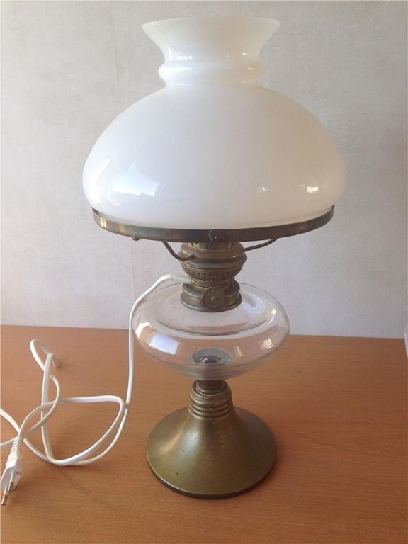Fotogenlampa, omgjord till el