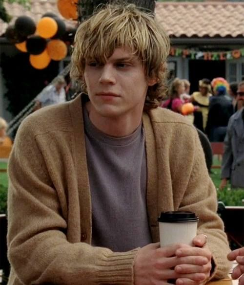 Hey, I'm Kyle. I'm the son of Apollo. I'm almost seventeen. I love getting in trouble and causing problems and pranks. (Fc Evan Peters)