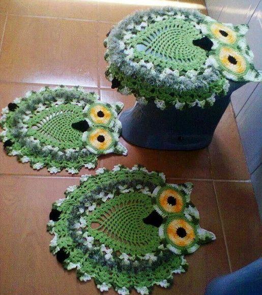 Jogo de banheiro feito em croche com barbante de qualidade várias opções de cores. R$ 120,00