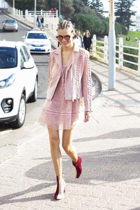 9 vestitini estivi e stivali: 9 outfit di tendenza dallo street style