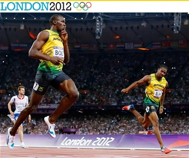 Usain Bolt wins the 200m Men's Final at 2012 Olympic Games