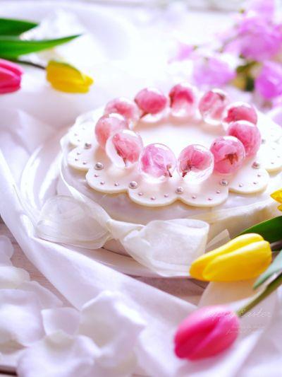 簡単なケーキをデコレーションで可愛らしく! シムネルケーキ風 by いーだっち | cotta