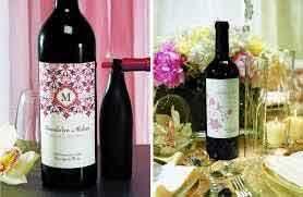 decoration de table, etiquette bouteille personnalisee monogramme