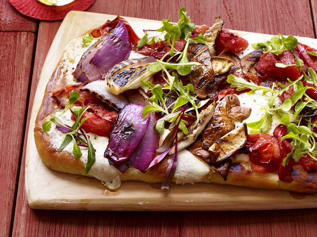 Grilled Everything Pizza from Food Network MagazineGrilled Veggies, Food Network, Pizza Recipe, Summer Recipe, Veggies Pizza, Grilled Vegetables, Foodnetwork, Grilled Pizza, Recipe Pizza