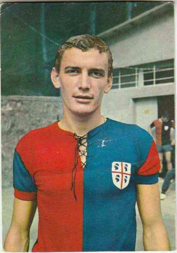 Luigi Riva of Cagliari in 1969.