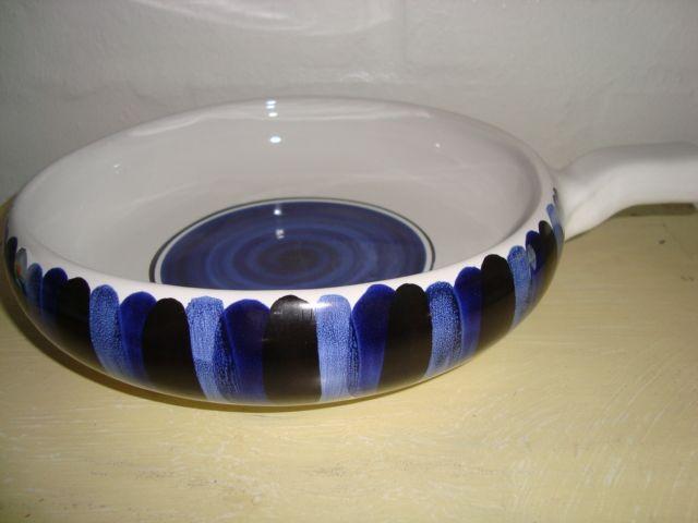 Bangholm pan/pande. #bangholmkeramik #danishceramics #ceramics #pottery #keramik #pan #pandeskål. From www.TRENDYenser.com. SOLGT/SOLD.