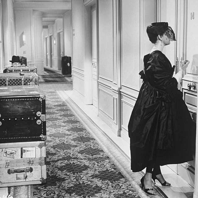 Audrey Hepburn at the @Ritz Paris in the movie 'Love in the Afternoon'. #tbt #throwbackthursday #blackandwhite #theritz #paris #eunev