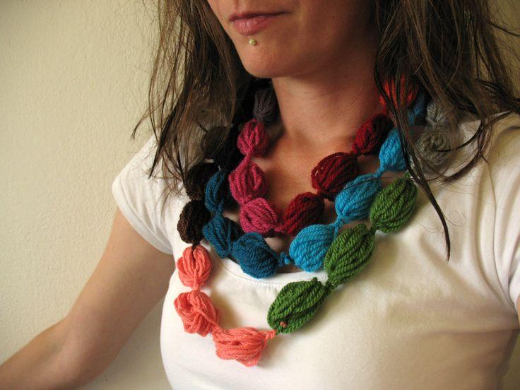 Color palette, vlnený náhrdelník