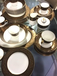 36 PIECE MIKASA BONE CHINA DINNERWARE SET IN THE MOUNT HOLYOKE PATTERN. INCLUDES SERVICE FOR & 220 best Tea Party Time! images on Pinterest