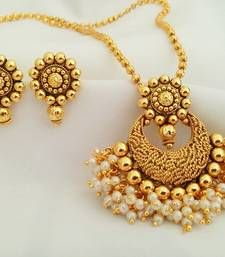 Buy  Earrings Pendant online