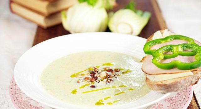 Purre- og fennikelsuppe med ristede hasselnøtter - Min trening | SATS ELIXIA
