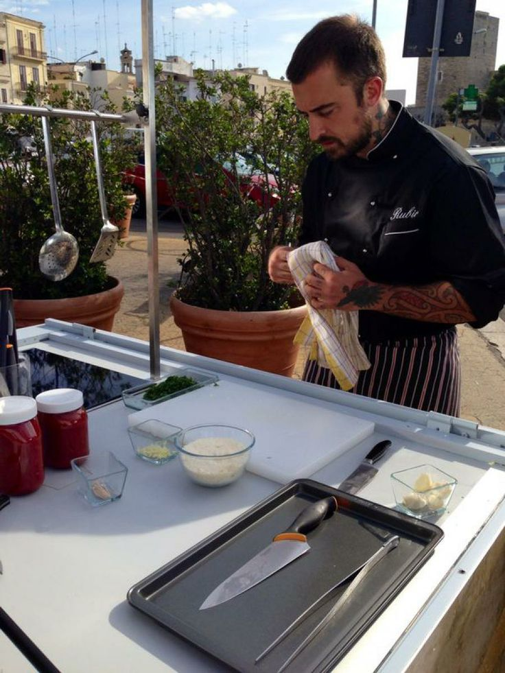 Unti e Busunti 2: Chef Rubio