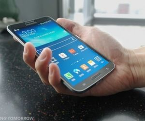 Samsung's Galaxy Round is the first phone with a curveddisplay By Sam Byford on October 8, 2013