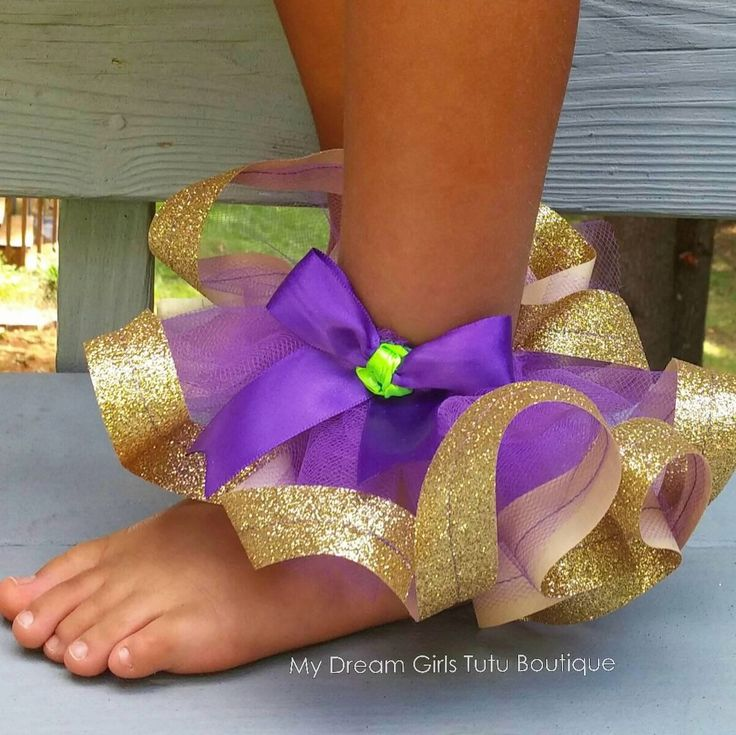 My latest design! A tulle anklet w/ ribbon trim.