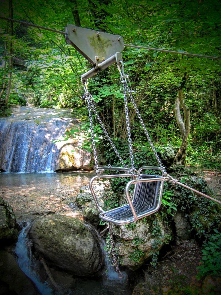 Leuk voor kinderen - spelen boven de watervallen
