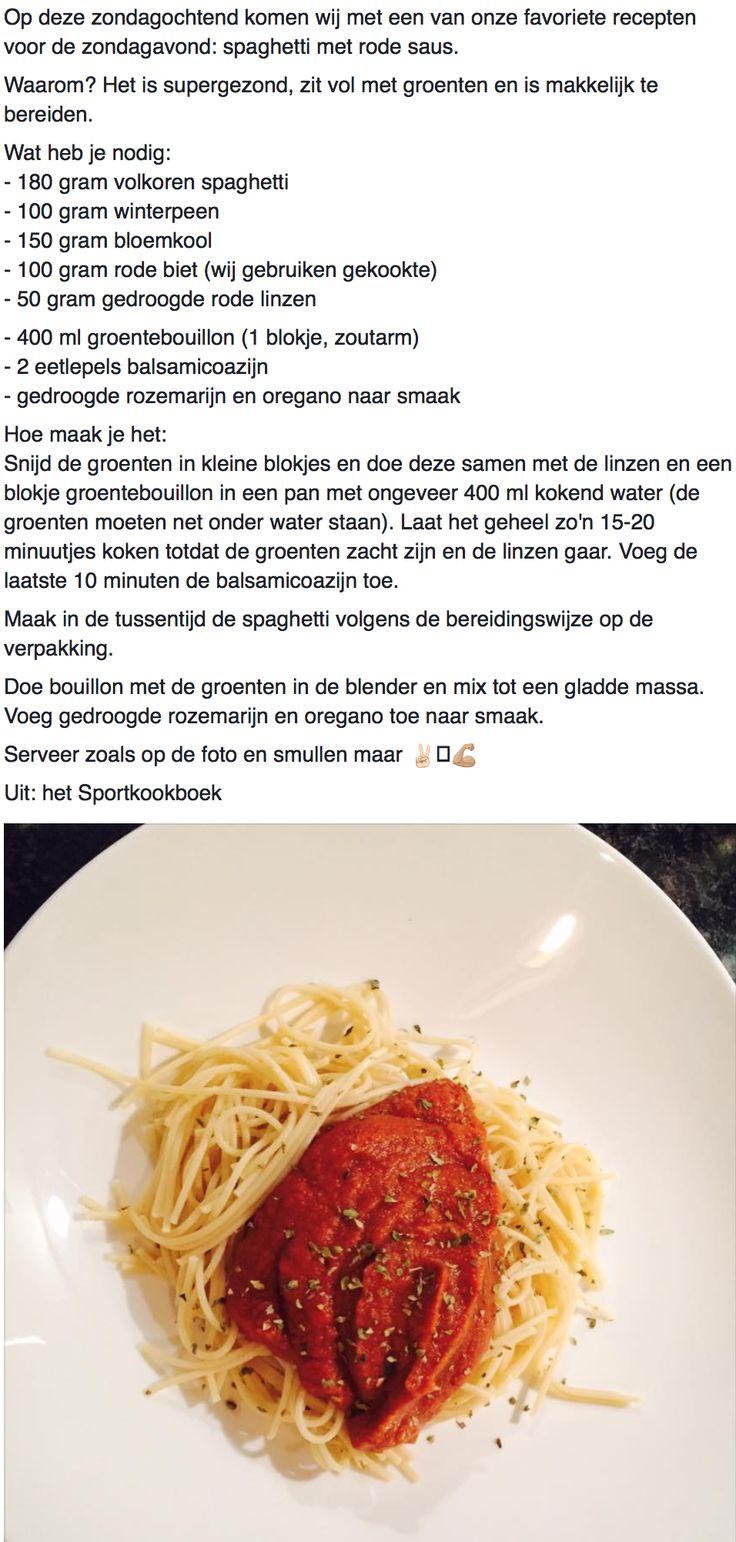 Spaghetti met rode saus
