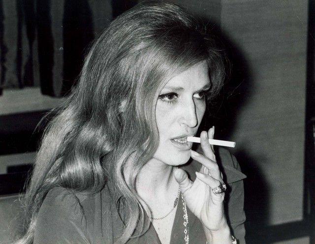 Dalida (1974)