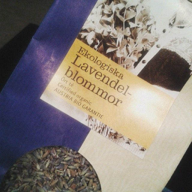 It's supposed to be organic lavender flower tea. I mainly use it as a skincare product.  #organicskincare #organic #organicfood #ekologisk #naturlighudvård #nopoo
