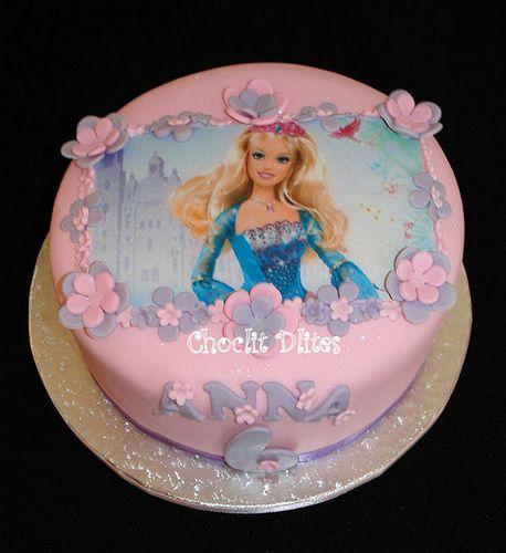 Anna's Barbie cake