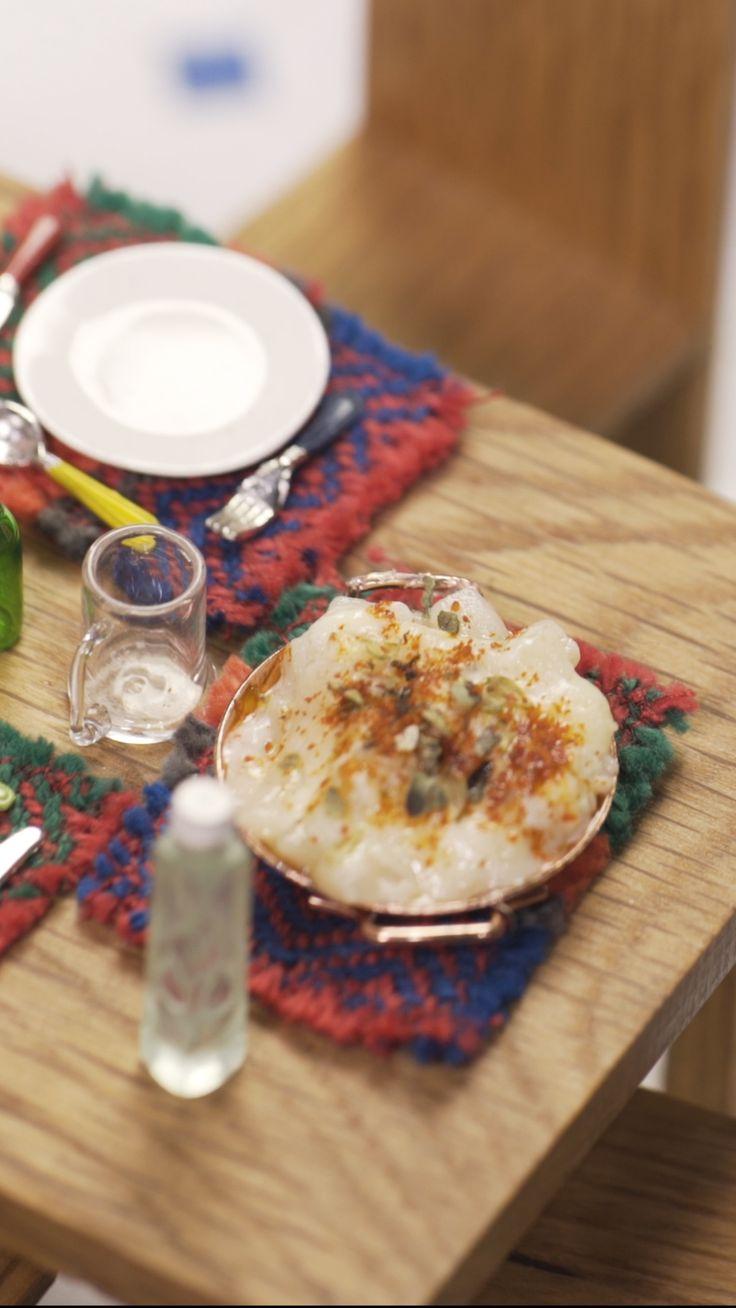 Una comida entera en sólo un bocado: Mini Pasta con Salsa 4 Quesos. ¡Irresistible! Tiny Cooking, Tiny Food, Miniature Crafts, Camembert Cheese, Crock, Chicken, Dinner, Healthy, Number