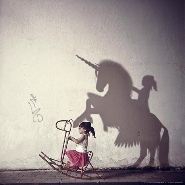 Bir Anne Kızının Fotoğraflarını Rötuşlayarak Hayal Dünyasına Ait Kompozisyonlar Oluşturuyor Sanatlı Bi Blog 43