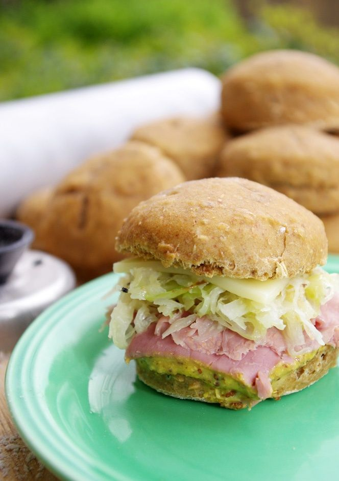 Mini Corned Beef Sandwiches for St. Patty's Day- yum! ....You may find this at khaogali.com