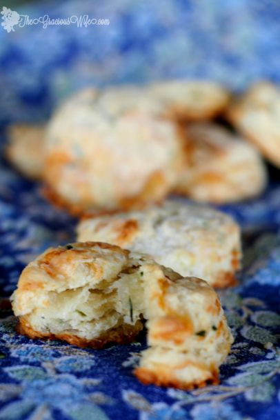 Brie and Chive Biscuits Recipe - Easy homemade buttermilk biscuits ...