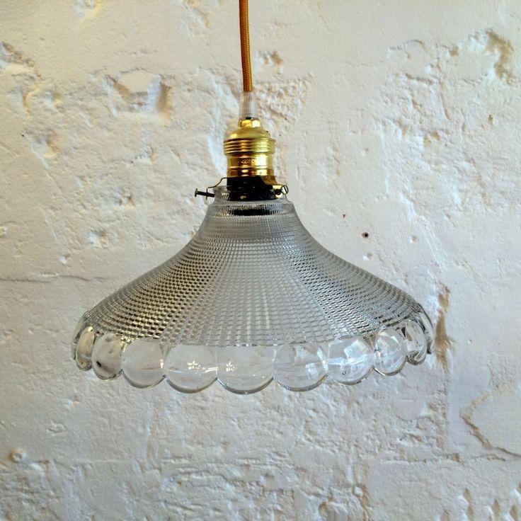 Les 25 meilleures id es concernant lustre ancien sur pinterest lustre shabb - Ancien lustre suspension ...