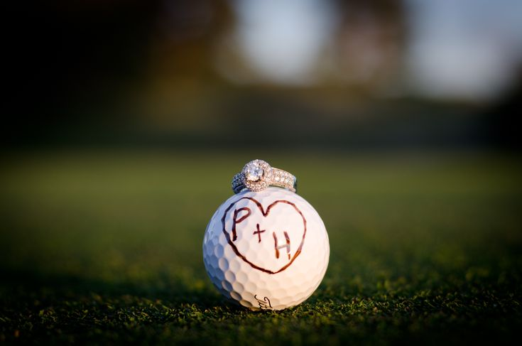 This made me think of you @Helen Palmer Templet when y'all get engaged!             Golf course engagement pictures