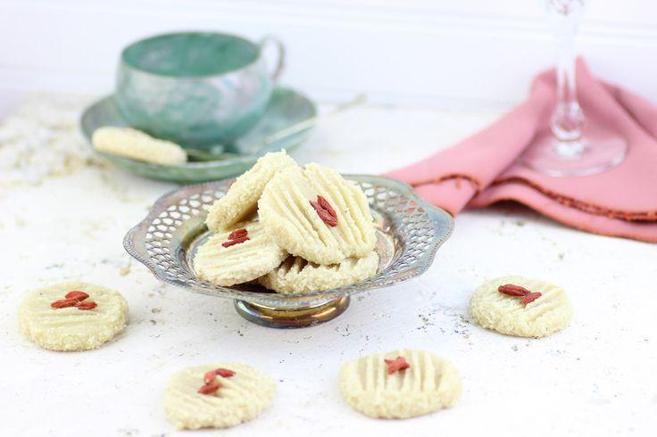 The Rawtarian: Raw lemon cookie recipe