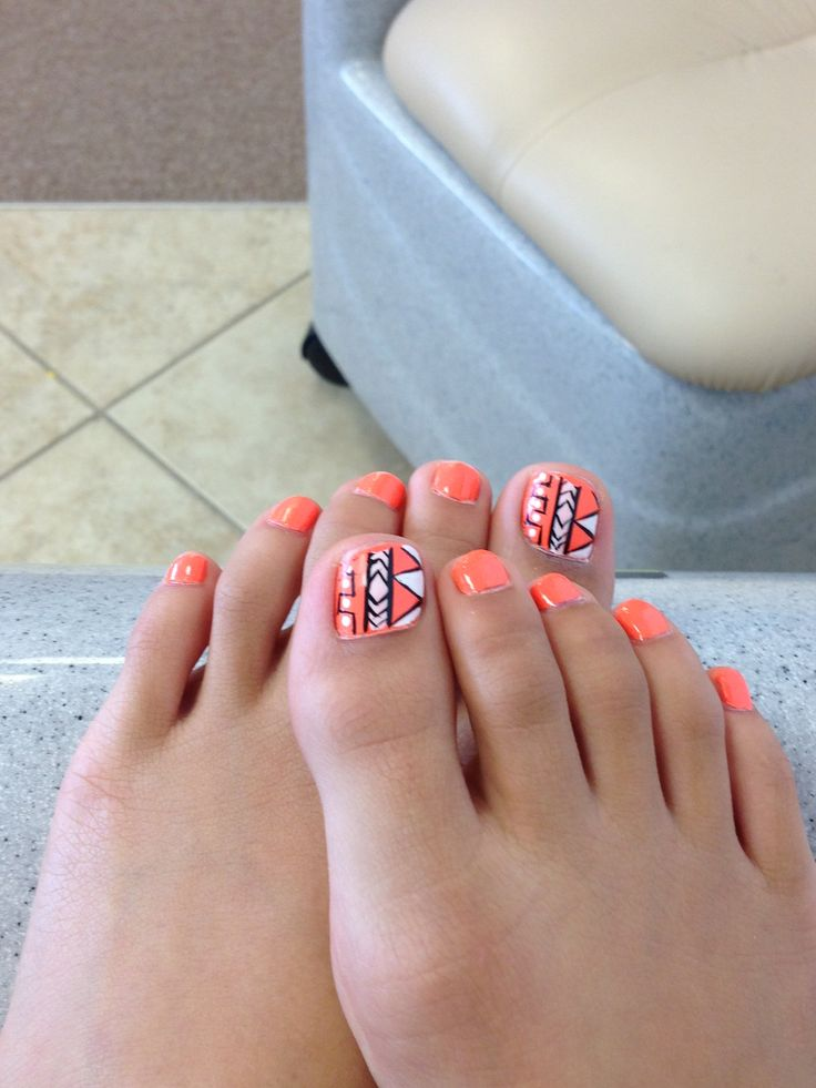 Tribal toes <3!!!!