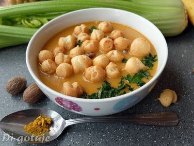 Di gotuje: Egzotyczna zupa krem (z bananem)