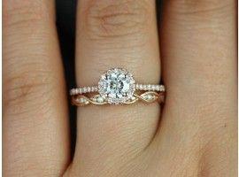 Rosados Box Kubian 5mm & Ember Rose Gold Round FB Moissanite and Diamonds Halo Wedding Set